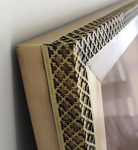 Victoria Modern Mirror, structured in wood and surrounded by an aged brushed brass frame