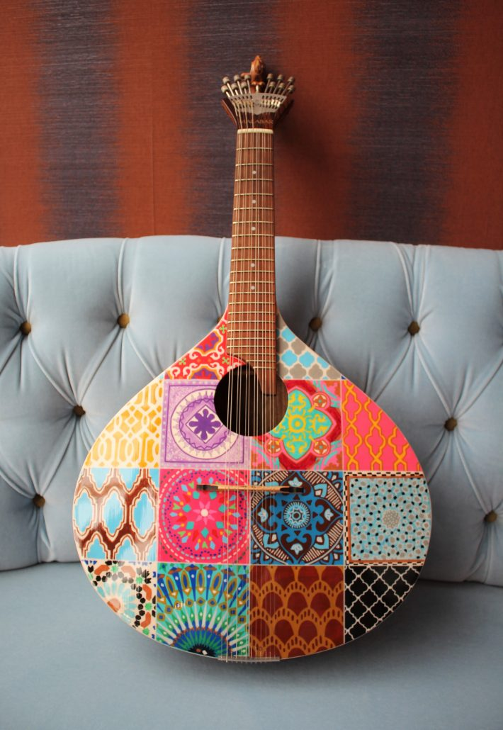 downtown design - azulejo guitar