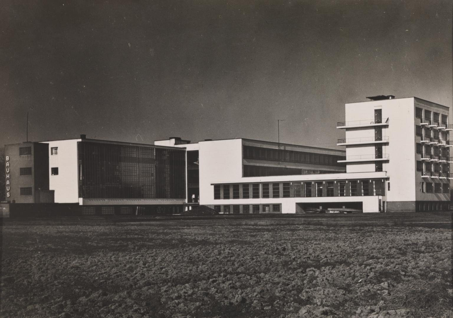 Bauhaus building, dessau 1925 lucia moholy