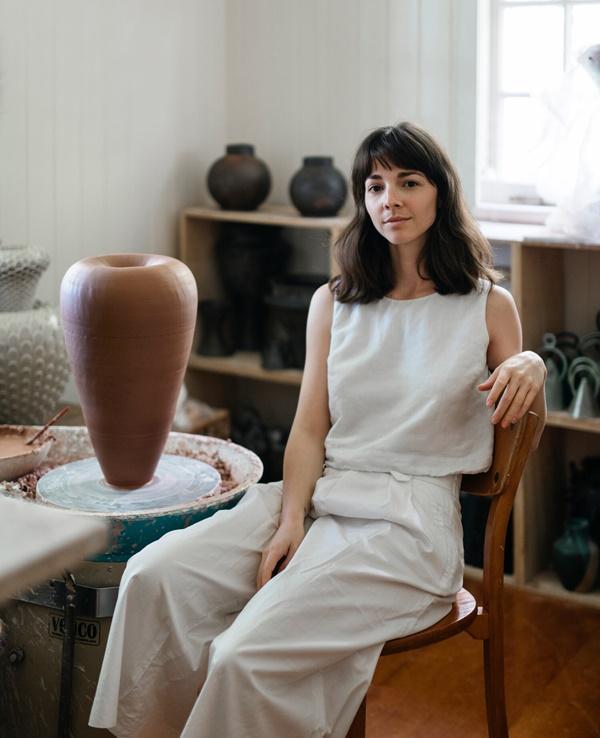 Nicolette johnson ceramic artist